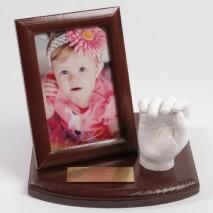 4-9 lat. Odlew gipsowy 3D rączki dziecka z grawerem.